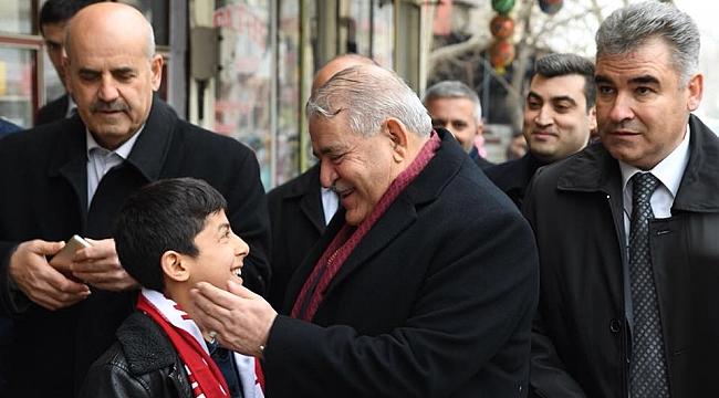 Başkan Hanefi Mahçiçek