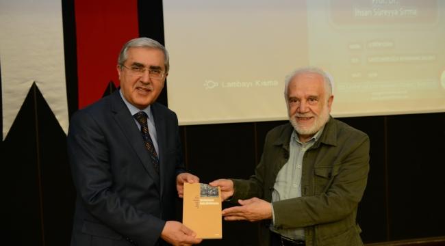PROF. DR. İHSAN SÜREYYA SIRMA, KSÜ ÖĞRENCİLERİYLE BİR ARAYA GELDİ
