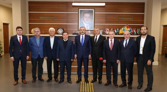 KMBGC'DEN MAHİR ÜNAL'A 'TEŞEKKÜR' ZİYARETİ